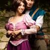 Rapunzel (nel finale del film) e Flynn, tratti da Tangled