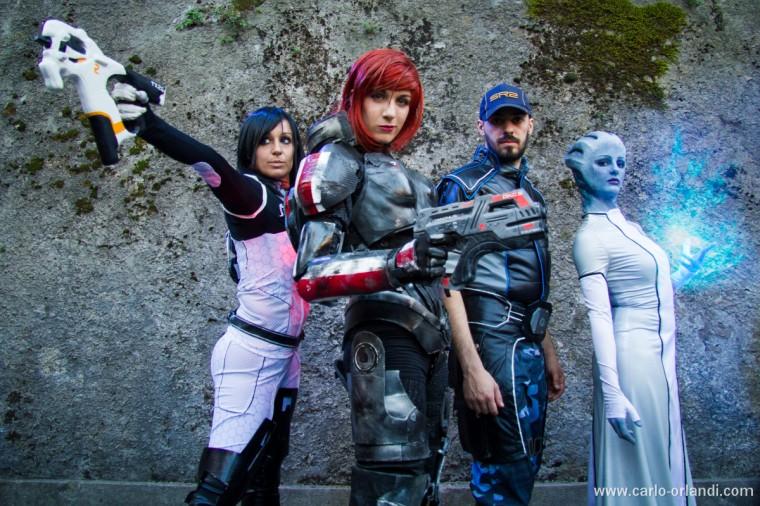 Miranda, Comandante Shepard, Joker e Liara tratti da Mass Effect 3.