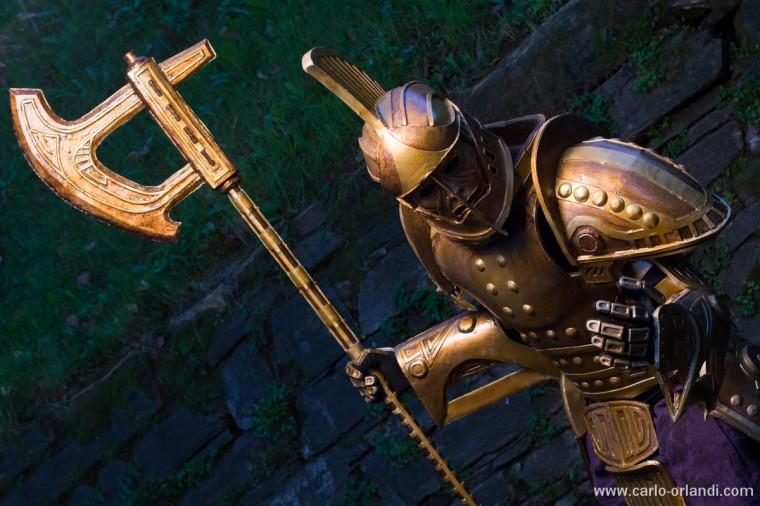 Dwarven Armor tratta da Skyrim.