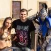Pietro in posa insieme a Knight Artorias, tratto da Dark Souls! La ragazza ancora non so che personaggio sia.