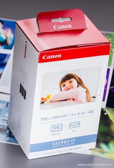 Il kit da 108 fotografie, dal costo di 30-35 euro.