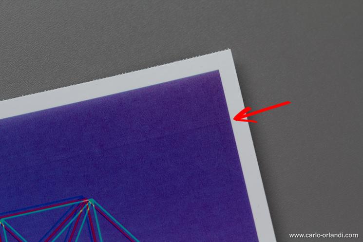 Su zone con meno colore a volte si vedono delle leggere linee orizzontali.