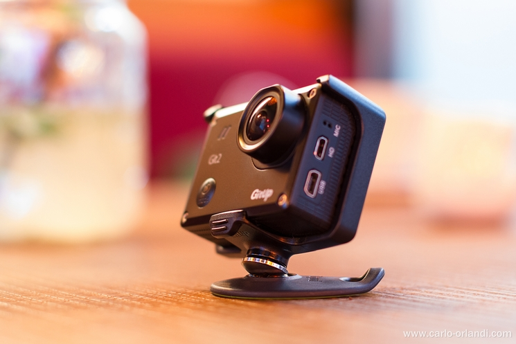 Il Tiltpod con una action camera.