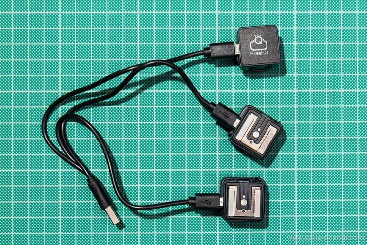 Trasmettitore e ricevitori T2 in carica.