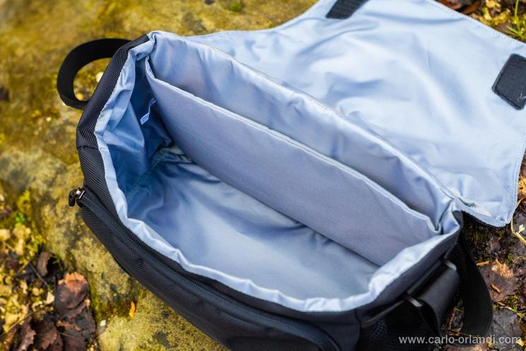 La borsa senza l'inserto interno.