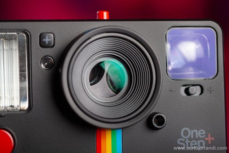 Il sistema per cambiare le lenti della Il mirino della OnePlus+.