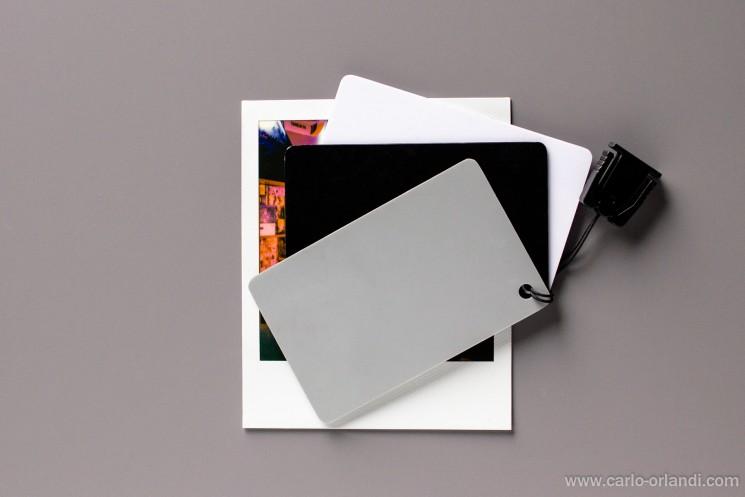 Per digitalizzare le Polaroid per ora le ho fotografate, ma dovrò munirmi di un buon scanner!